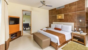 Suite king Hotel Krystal Urban Cancún Cancún